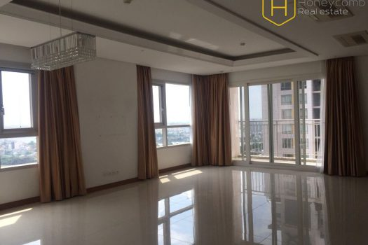 Apartment for rent in HCMC - Luxury 3 bedroom apartment with unfurnished in Xi Riverview Palace 8 - honeycomb.com.vn