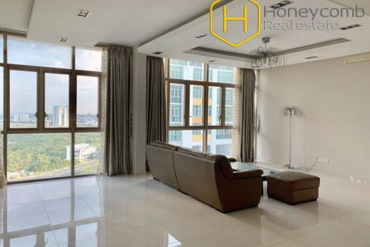 The unfurnished 4 bedroom-apartment is spacious from The Vista 9 - Apartment for rent in HCMC - honeycomb.com.vn