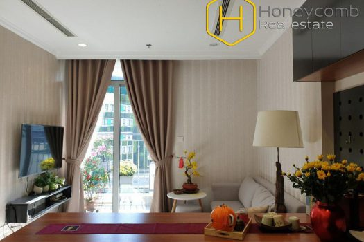 Apartment for rent in HCMC - Modern design with 1 bedroom apartment in Vinhomes Central Park 8 - honeycomb.com.vn