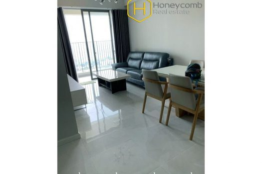 The convenient and pleasing 2 bed-apartment from Masteri An Phu 3 - Apartment for rent in HCMC - honeycomb.com.vn