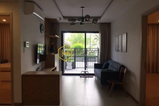 NC69 www.honeycomb.vn 8 result New City apartment for lease – Open living space. Simple wooden furniture. Nice view