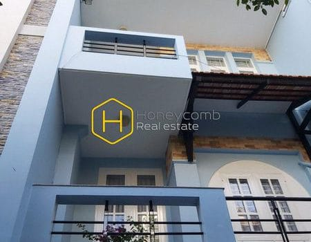 2V120 www.honeycomb.vn 1 result Mini house with full of sunshine in District 2 for rent