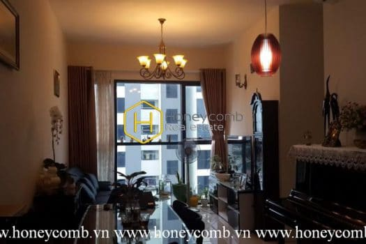 AS122 www.honeycomb 3 result Charming old-fashioned design apartment for rent in The Ascent