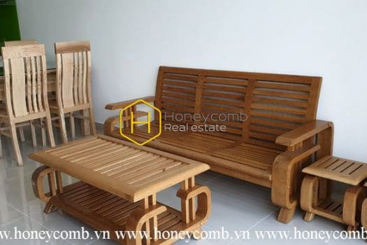SAV93 www.honeycomb 21 result The Sun Avenue apartment for rent – Classic and rustic with wooden furniture