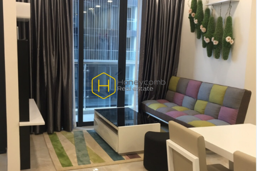 VGR320 www.honeycomb 1 result Simplified layout but lovely design apartment for rent in Vinhomes Golden River
