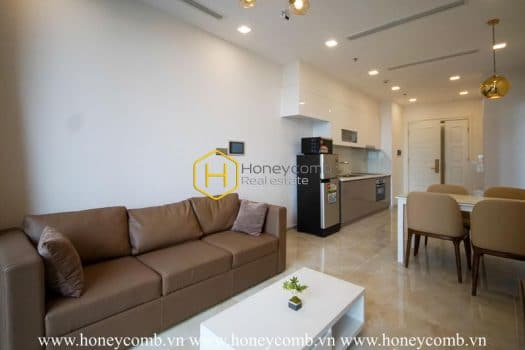 VGR323 www.honeycomb 4 result Vinhomes Golden River apartment - Charming design and stunning view by river