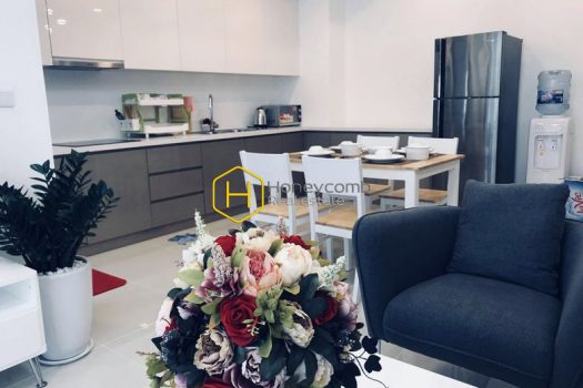 EH355 www.honeycomb 6 result Live the urban lifestyle with this modern and luxurious apartment in Estella Heights for rent