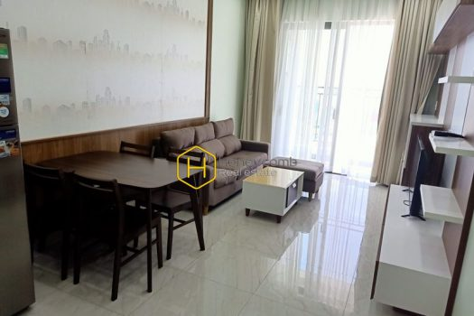 WT20 www.honeycomb 1 result 2-bedroom apartment with river view in Wilton Tower for rent