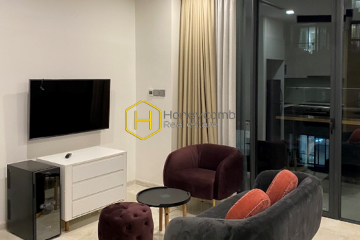 VGR370 www.honeycomb 1 result Located in the heart of Saigon- The contemporary designed apartment in Vinhomes Golden River for lease