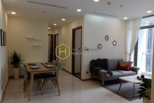 VH909 www.honeycomb 13 result Comtemporary design apartment with neutral color interiors for rent in Vinhomes Central Park