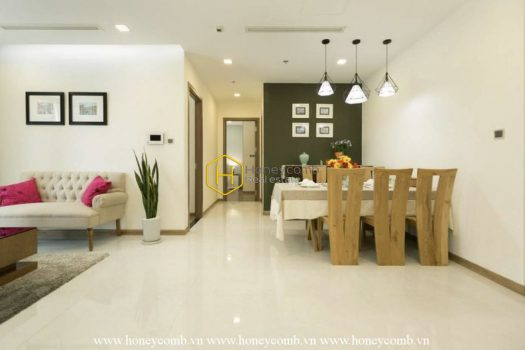 VH931 www.honeycomb 6 result Welcome to this sun-filled charm apartment in Vinhomes Central Park!