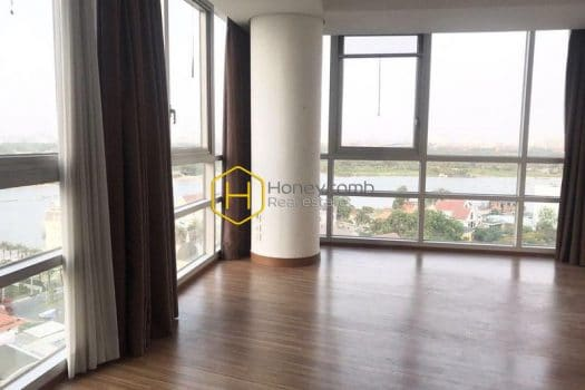 X176 www.honeycombvn 1 result Good view with three bedrooms apartment in Xi Riverview for rent