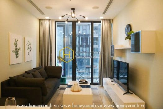 VGR418 www.honeycomb.vn 10 result At your service, elegant and fully functional apartment is leasing now in Vinhomes Golden River