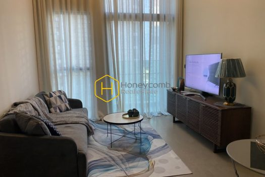 FEV47 www.honeycomb 4 result You will be fascinated by the elegance of this neoclassical designed apartment in Feliz en Vista