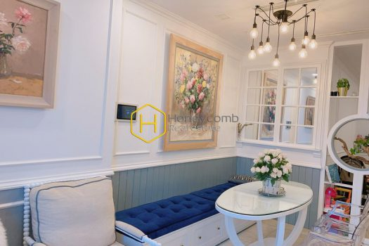 VGR536 3 result Admire the royal palace filled with flowers in Vinhomes Golden River apartment