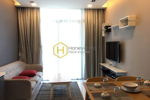 VH1340 8 result A harmonized combination of glamor and swag in Vinhomes Central Park apartment