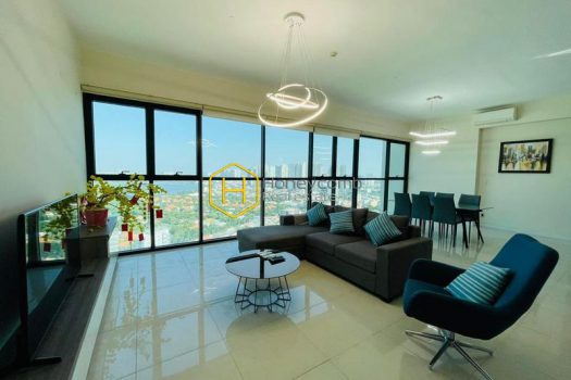 AS142 17 result Located in The Ascent , this apartment has all the advantage of the area