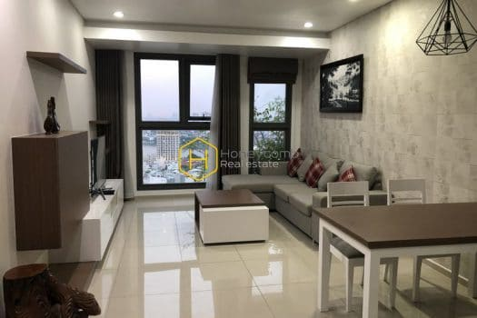 PP32 1 result Indulge the dawn from this tranquil Pearl Plaza apartment