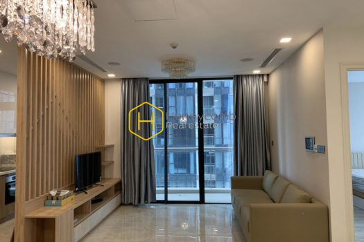 VGR542 1 result Distinctive apartment in Vinhomes Golden River for special tenants