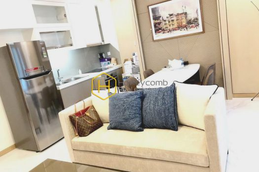 VH1347 11 result A harmonized combination of glamor and swag in Landmark81 apartment