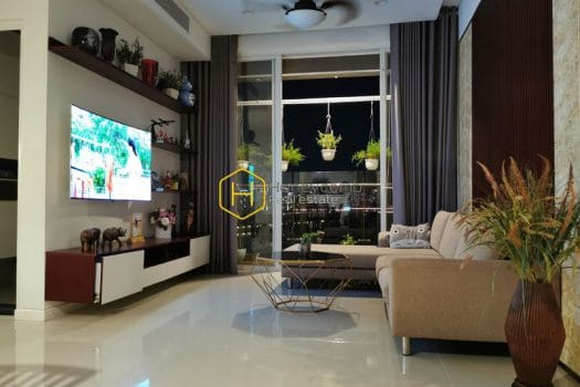 SRI38 11 result Explore the outstanding interior in this Sala Sarimi apartment