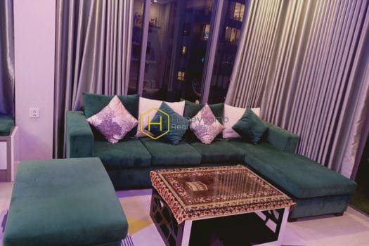 DI252 3 result Explore the urban vibes in this modern Diamond Island apartment