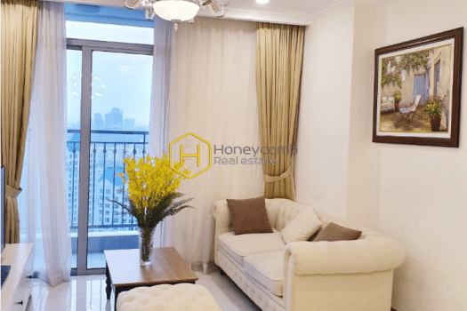 2 result 18 Highly elegant living space and airy view in Vinhomes Central Park apartment