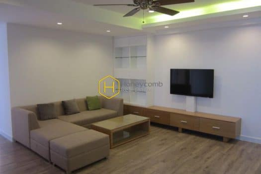 TG317 1 result Express your individualism in this urban designed apartment at Tropic Garden