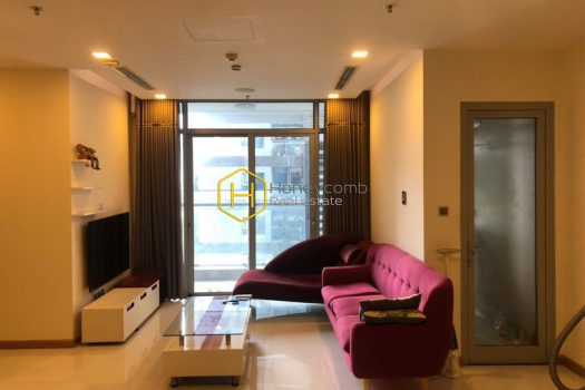VH1704 7 result 1 Harmonious colors and clear layout are the highlights of this Vinhomes Central Park apartment