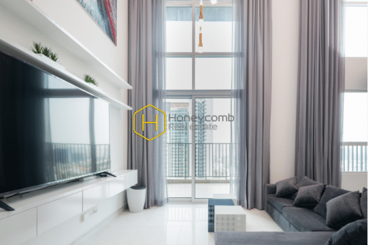 1 result 1 New wave of life in this colorful and youthful duplex apartment in Vista Verde