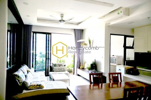 EH425 1 result Charming and tranquil is what this Estella Heights apartment expresses