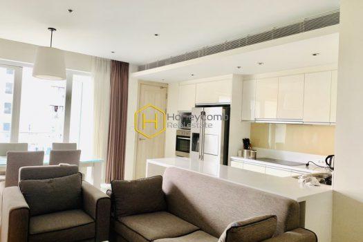 DI282 2 result A seductive grey, black and brown tone decor in Diamond Island apartment