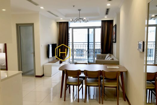 VH1696 8 result Vinhomes Central Park apartment proves the top level of architecture art